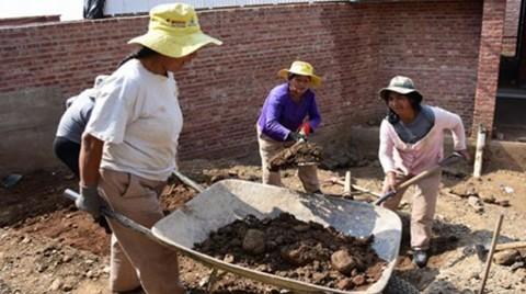 El-82%-de-los-hogares-monoparentales-en-Bolivia-esta-a-cargo-de-la-mujer-