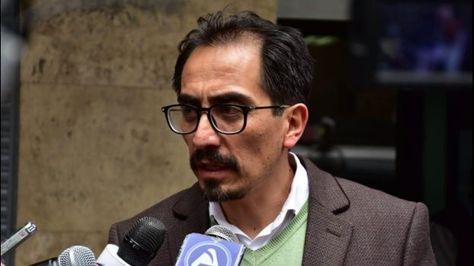 El pleno del Concejo Municipal acepta solicitud de licencia del concejal Fabián Siñani.