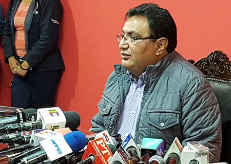 El diputado de UD, Amilcar Barral, en declaraciones a los medios. Foto: La Razón