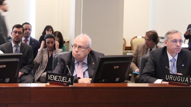 Gustavo Tarre Briceño, representante de Juan Guaidó ante la OEA (@HispanoPost)