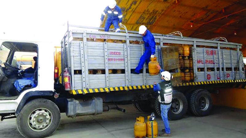 Cada año, los camiones de gas deben someterse a 4 controles