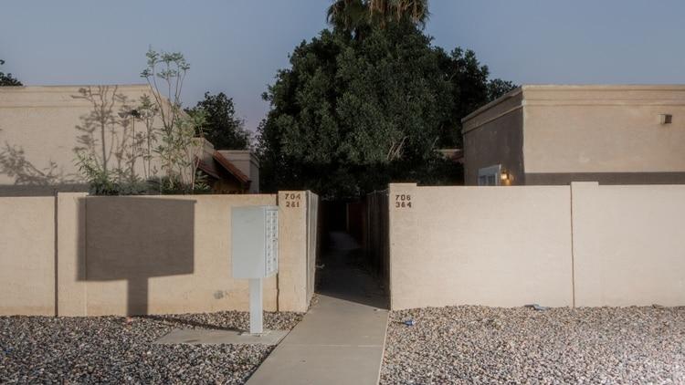 El sitio en que hubo un tiroteo en Avondale, un suburbio en Phoenix, el año pasado. (Alex Welsh para The New York Times)