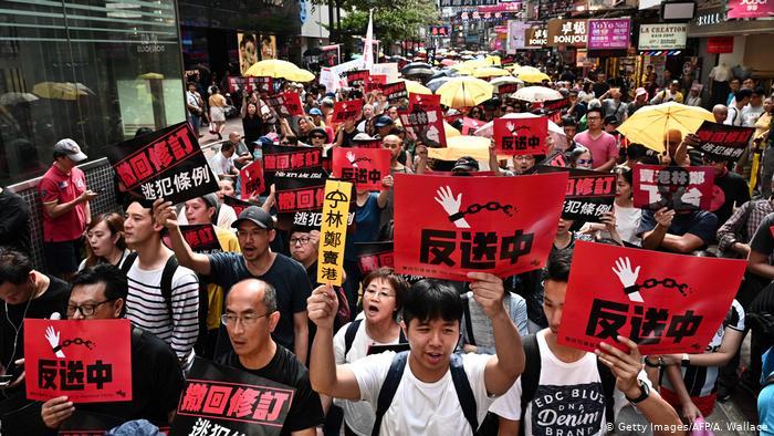 Hong Kong - Protest gegen Auslieferung (Getty Images/AFP/A. Wallace)