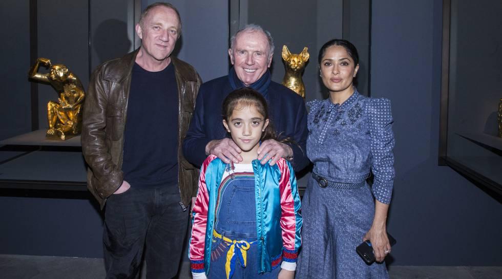 François Pinault, con su hijo François-Henri, Salma Hayek y la hija de la pareja.