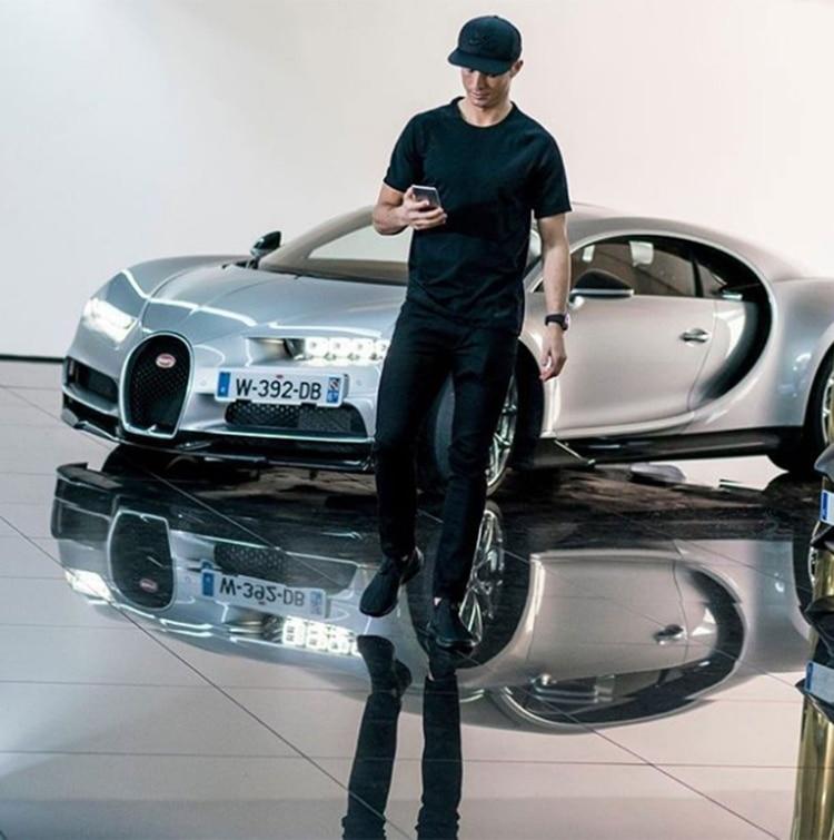 Cristiano Ronaldo ya posee un Bugatti Veyron Super Sport en su colección de automóviles