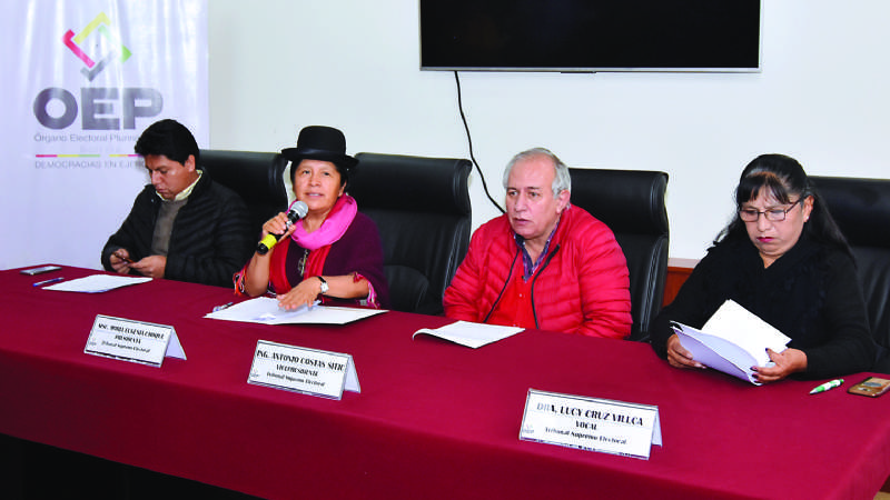"""Funcionarios del TSE denuncian  hostigamiento y """"control laboral"""""""