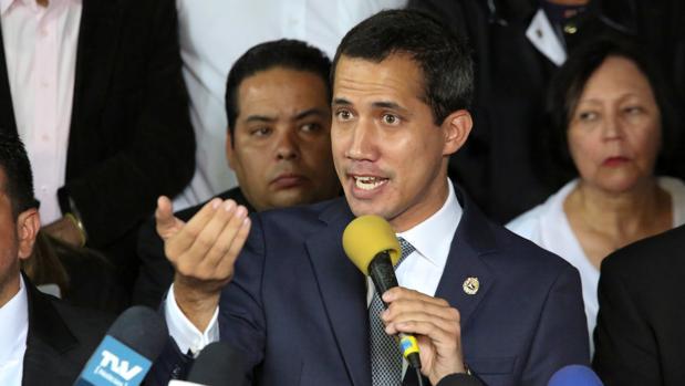 Juan Guaidó, reconocido por 50 naciones como presidente interino de Venezuela