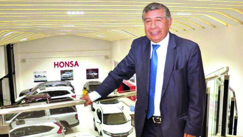 Masista Juan Valdivia compra el 50% del Hotel Radisson