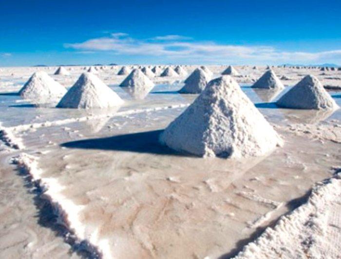 Países trabajan por aumentar producción de litio.