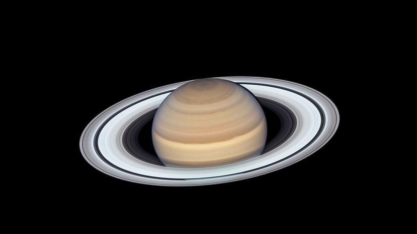 FOTO: La espectacular belleza de Saturno y sus anillos, captada por el telescopio Hubble
