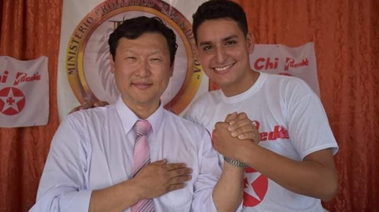 El candidato coreano-boliviano del PDC, Chi Hyun, propone tratamiento psiquiatrico para