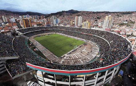 El estadio Hernando Siles es el principal escenario deportivo, referente a nivel nacional e internacional. Foto: Archivo-La Razón