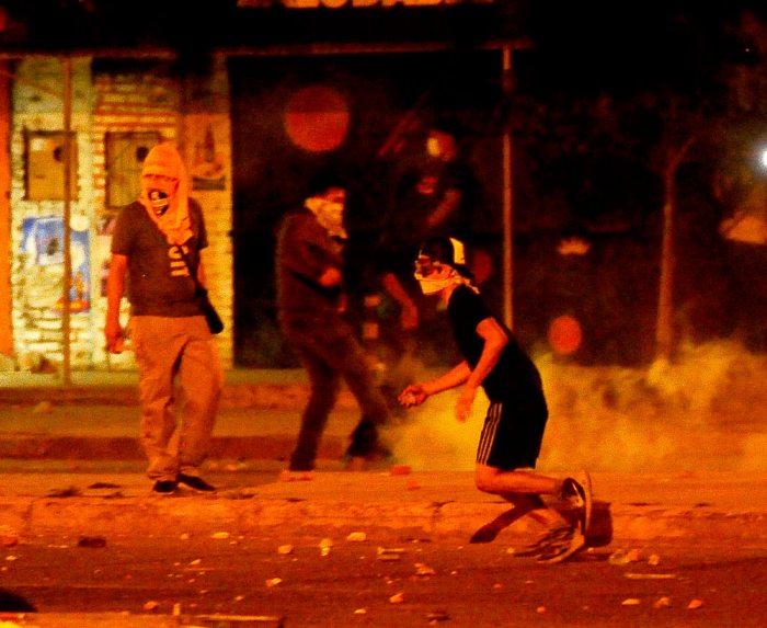 Los disturbios ocurrieron cerca del Cambódromo, mientras se realizaba el cierre de campaña del MAS.