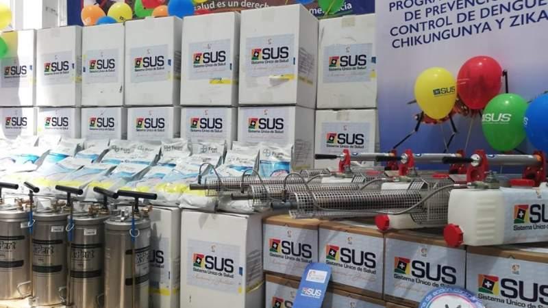 Avalado por el TSE, Morales continúa entregando obras a horas de las elecciones