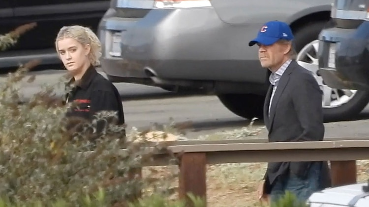 La actriz recibió la visita de su esposo, el actor William H. Macy, y su hija menor, Georgia Grace Macy. (Grosby Group)