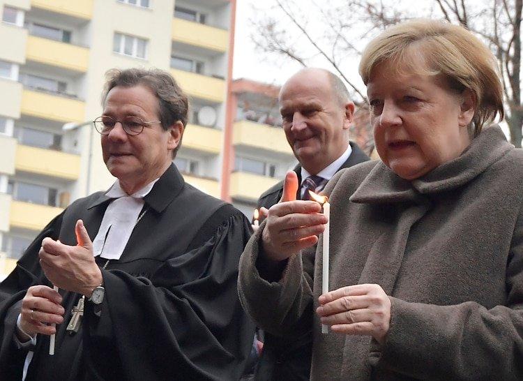 Angela Merkel (Photo by Tobias SCHWARZ / AFP)