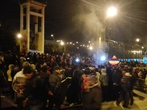 manifestantes de organizaciones sociales de El Alto en vigilia. Foto: RRSS
