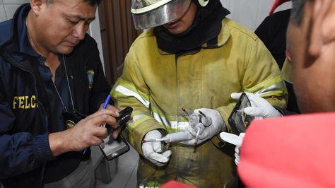 Cachorros de dinamita hallados el viernes, cuando se detuvo a supuestos mineros en la zona sud de Cochabamba