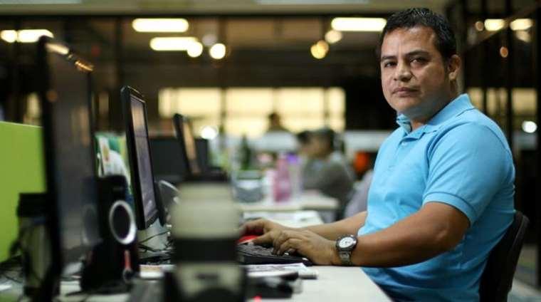 Soria trabaja en la sección de seguridad de EL DEBER.