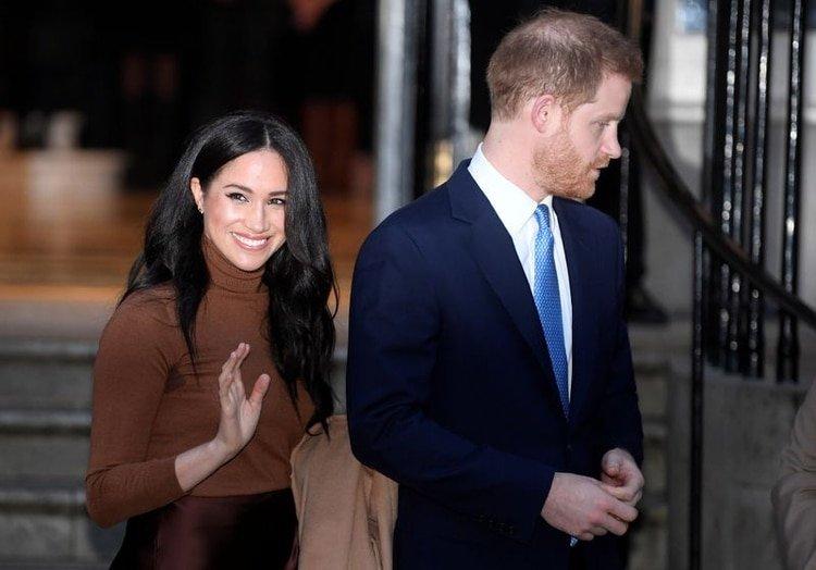 Los duques de Sussex informaron esta drástica medida a los afectados luego de hacer públicas sus intenciones de separarse de la realeza (Reuters/ Toby Melville)