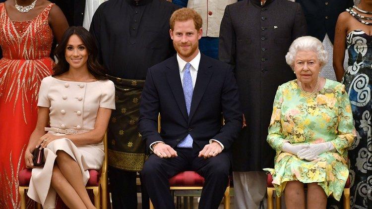A principios de este año, la pareja conformada por el hijo menor del príncipe Carlos y la actriz anunciaron su decisión de abandonar sus funciones de primer rango como miembros de la familia real británica (Foto: John Stillwell/ Pool vía Reuters/ File Photo)