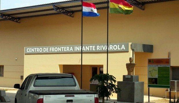 A excepción de Brasil, todos los países vecinos de Bolivia cerraron fronteras