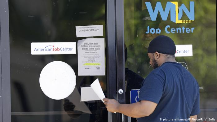 USA Jackson Job Center (picture-alliance/AP Photo/R. V. Solis)