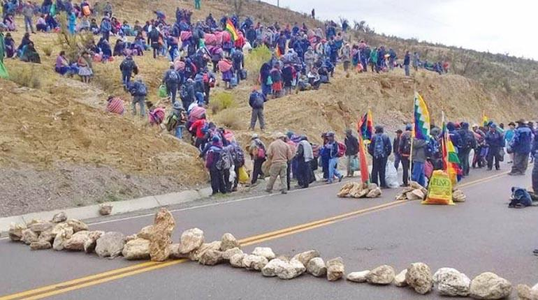 Potosí, Yapacaní y Oruro realizan bloqueos y protestas contra la ...