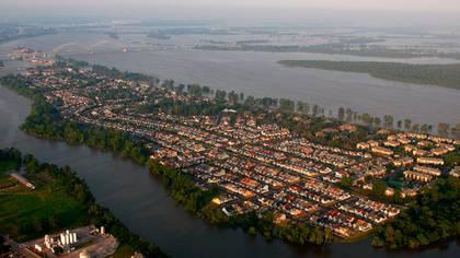 Un año antes de que Hans Albert Einstein comenzara sus cálculos para el control del Mississippi, los proyectos se habían detenido por la imposibilidad de resolver graves problemas de ingeniería como el manejo de toneladas de limo y de fuertes corrientes. (Keystone/Zuma/Shutterstock)