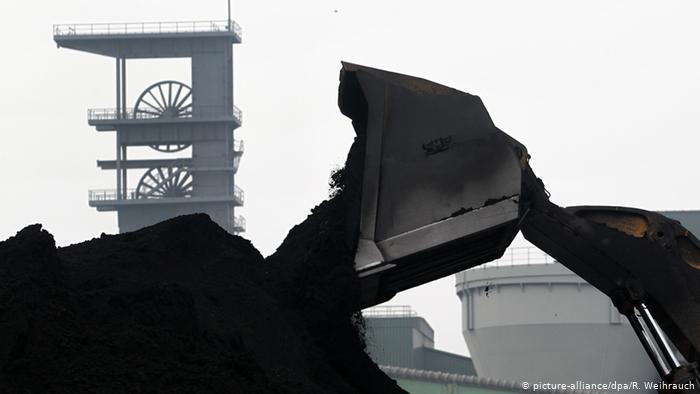 Las instituciones católicas ven la desinversión de los combustibles fósiles, como el petróleo o el carbón, como una forma de abordar la crisis climática que afecta directamente a las personas más vulnerables.