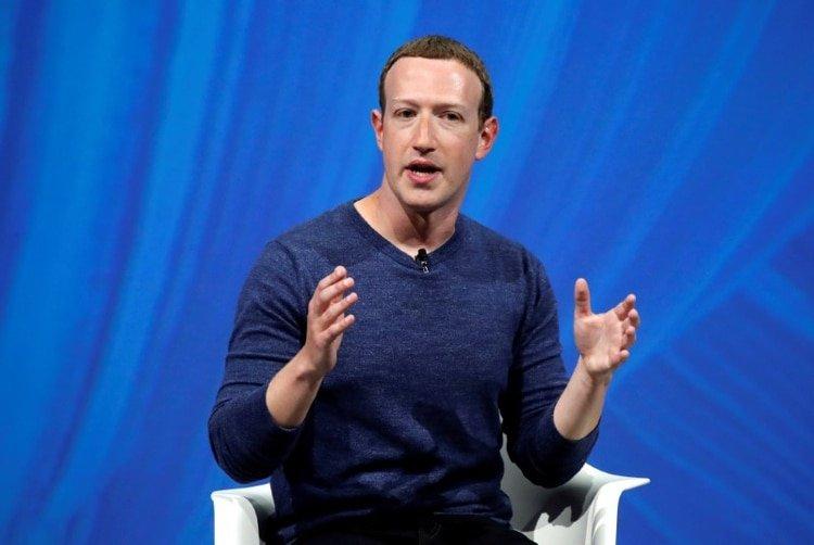 El fundador y CEO de Facebook, Mark Zuckerberg dijo que sus decisiones no están impulsadas por demanda de los empleados, pero que hay otros beneficios en la contratación remota. REUTERS/Charles Platiau