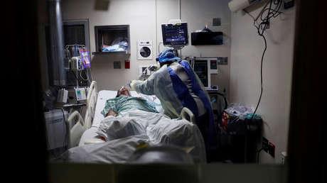 Logra sobrevivir un hombre con covid-19 que pasó 50 días conectado a un respirador artificial