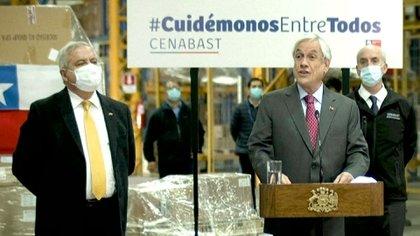 Sebastián Piñera con Jaime Mañalich, ahora ex ministro de Salud