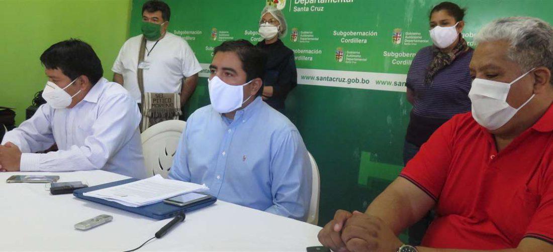 Autoridades de Camiri en conferencia de prensa