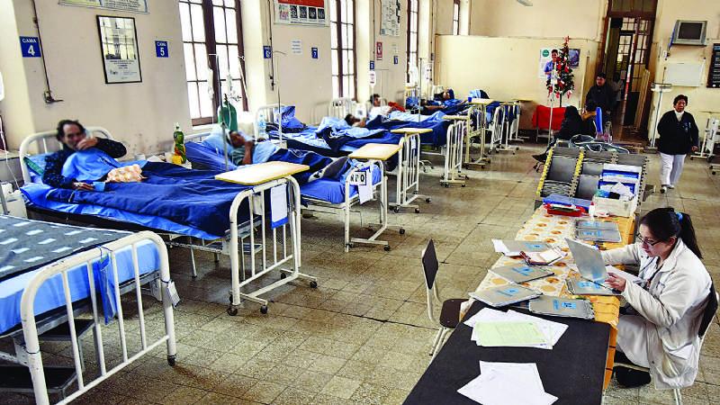 Hospitales piden prueba negativa Covid-19 para atender pacientes