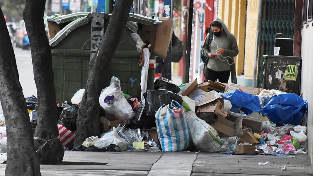Basura en calles de Cochabamba Imagen de referencia Foto: Opinión