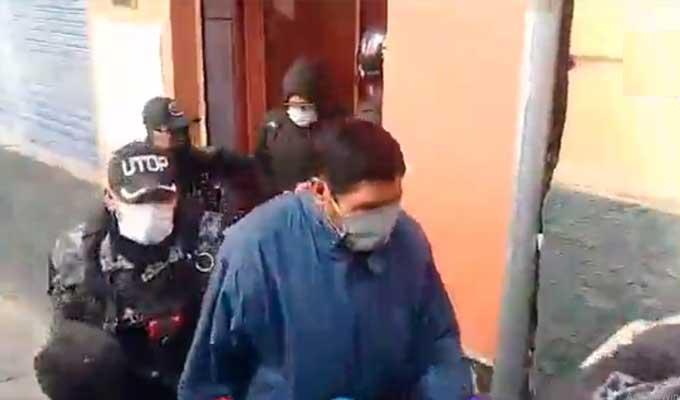 Personas-detenidas-por-consumo-de-bebidas-en-cercanías-al-palacio-de-Gobierno