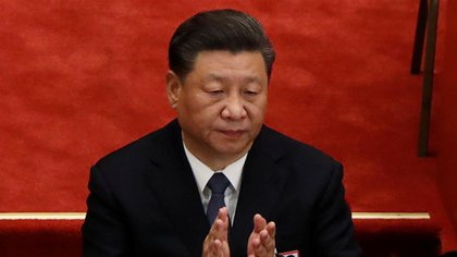 El presidente chino, Xi Jinping, aplaude en la sesión inaugural del Congreso Nacional del Pueblo (APN) en el Gran Salón del Pueblo en Beijing, China, el 22 de mayo pasado (Reuters)