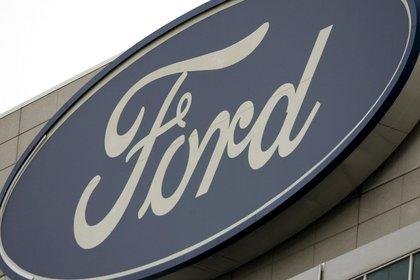 Ford suspende toda su inversión publicitaria en redes sociales durante los próximos 30 días mientras lleva a cabo un proceso de evaluación (EFE/Archivo)