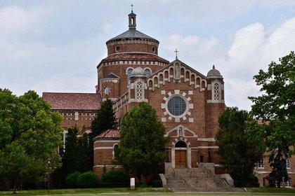 Convento de las Hermanas Felicianas en Livonia, Michigan donde trece de ellas murieron por COVID-19 (Gentileza GSR/Dan Stockman).jpg