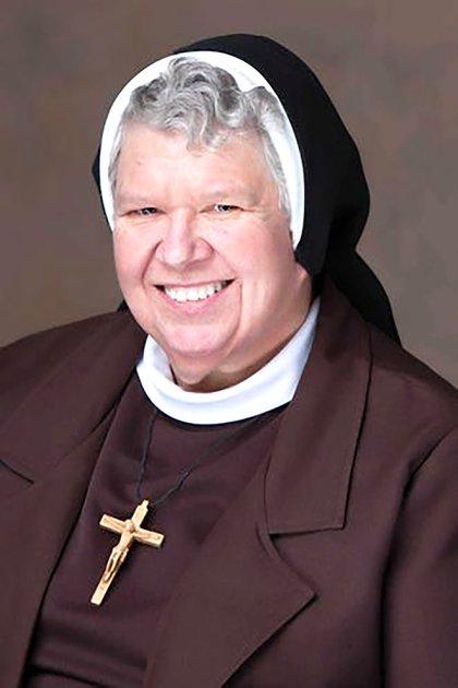 Victoria Marie Indyk, 69 años (Felician Sisters of North America)