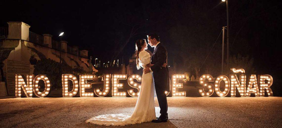 Los matrimonios se adaptan a la nueva realidad, se hacen más pequeños y de manera virtual