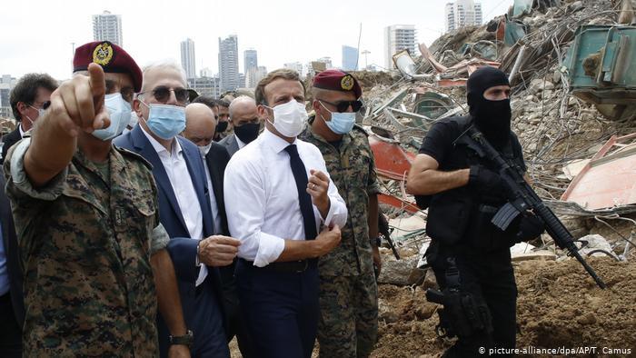Libanon, Beirut: Emmanuel Macron (picture-alliance/dpa/AP/T. Camus)