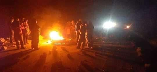 Manifestantes cerraron anoche la ruta que une Oruro con Uyuni
