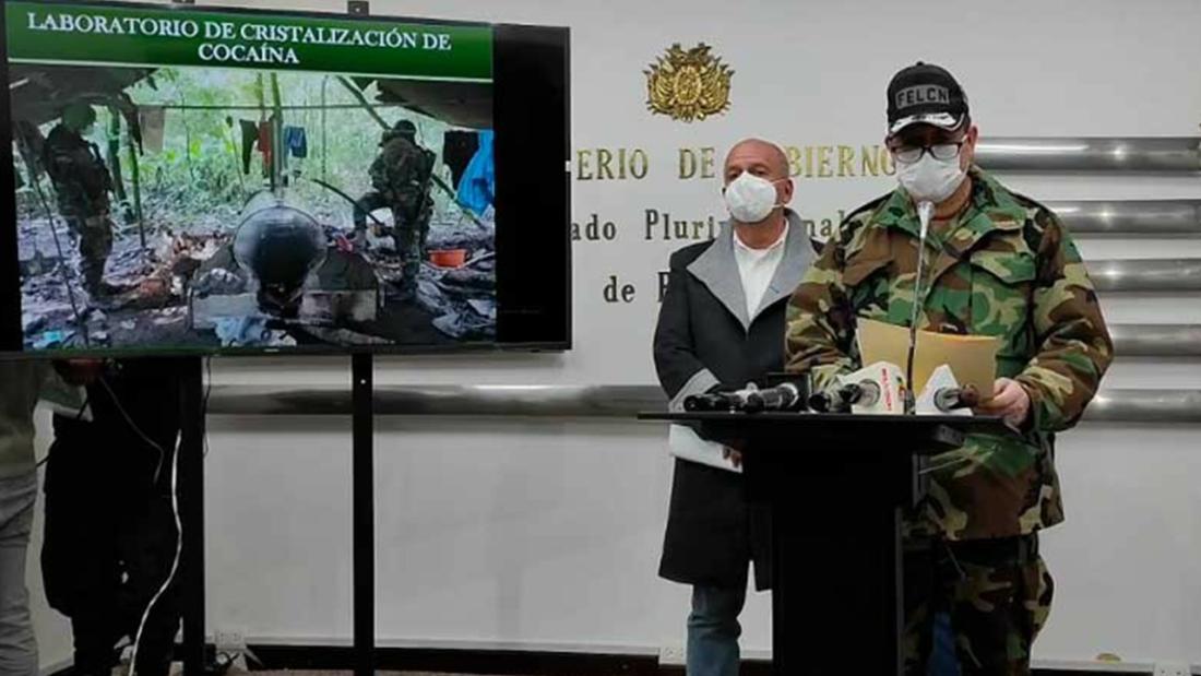 Autoridades dando el informe sobre la intervención del laboratorio de cristalización de cocaína. CRÉDITO- Archivo OPINIÓN