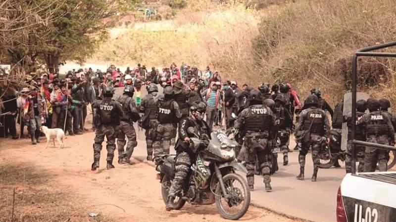 La Policía retoma Samaipata tras ataques de afines al MAS