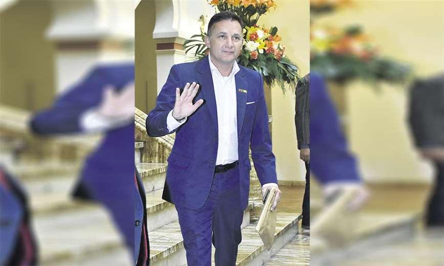 Tiene el apoyo de las Fuerzas Armadas. Era un hombre de Luis Fernando Camacho. Foto: APG Noticias