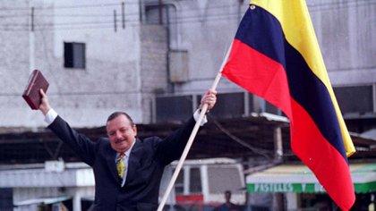 Abdalá Bucaram, al asumir la presidencia de Ecuador, en 1997 (Grosby)