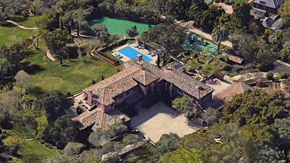 Montecito, en Santa Barbara, es uno de los barrios residenciales más exclusivos de California. Está al norte de Los Angeles y cuenta con numerosos famosos como vecinos (Google Maps)