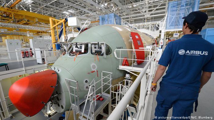 La construcción de una aeronave Airbus A350 XWB.
